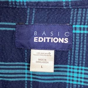 Basic Editions Shirts - Basic Edition Short Sleeve Button Down Blue Size L